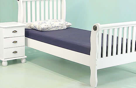 Children 39 s furniture single beds bunk beds high for Furniture zone beds